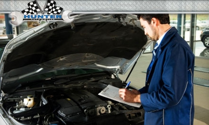 Hunter Automotive - Sioux Falls: $15 for Synthetic-Blend Oil Change, Filter Change, and 16-Point Safety Inspection at Hunter Automotive