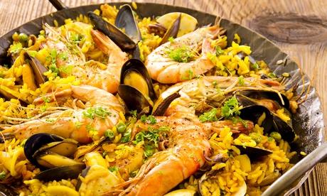 Pescaíto frito para 2 o 4 desde 24,95€ y con parrillada de mariscos y mojito desde 29,95€ en el pº marítimo de Aguadulce