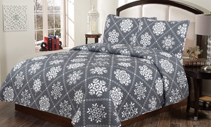 Holiday Quilt Set (2- or 3-Piece)