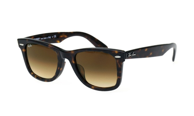 dd8dfe8e899  109 for tortoise frame with brown gradient lenses 52mm Ray-Ban Wayfarers  (Don t pay  209.95)