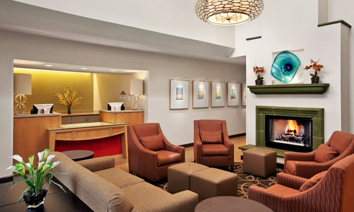 Hawthorn Suites Overland Park - Lincoln: Stay at Hawthorn Suites by Wyndham Overland Park in Overland Park, KS
