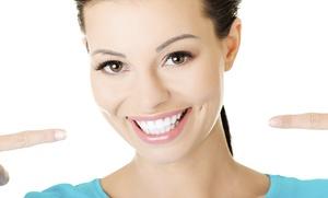 1, 2, 3 o 4 implantes dentales de titanio con corona y limpieza bucal desde 389 € en Clínica Carrera