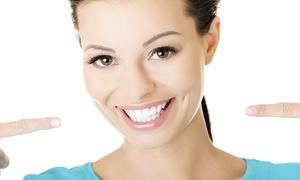Clínica Carrera: 1, 2, 3 o 4 implantes dentales de titanio con corona y limpieza bucal desde 389 € en Clínica Carrera