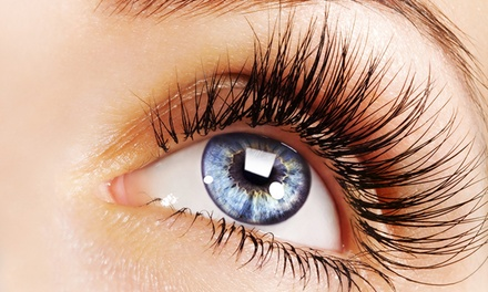 Up to 67% Off on Eyelash Extensions at Lashtopia