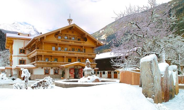 Gutshof Zillertal - Gutshof Zillertal: Zillertal/Mayrhofen: 2-8 Tage für Zwei mit Halbpension und Wellness im 4* Gutshof Zillertal