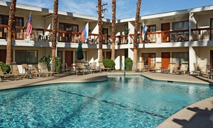 Palm Desert Inn near Popular Shopping District