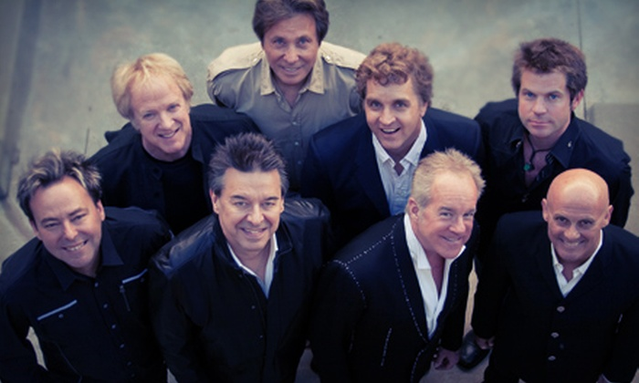 Chicago Concert Package - The Dome at Toyota Presents Oakdale Theatre: $40 to See Chicago in Concert at Toyota Presents Oakdale Theatre on August 20 at 7:30 p.m. (Up to $90 Value)