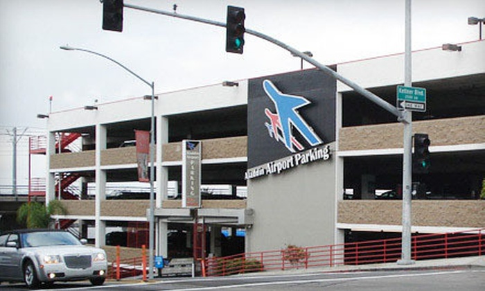 Aladdin Airport Parking - San Diego: $15 for Two Days of Consecutive Airport Self-Parking at Aladdin Airport Parking (Up to $30 Value)