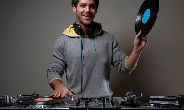 DJ Academy New York - Amityville: $169 for anFour-Week DJ Program at DJ Academy New York($349 Value)