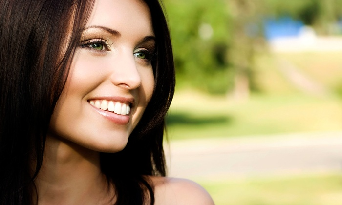 Naturally White Teeth Whitening - Houston: $99 for a Laser Teeth-Whitening Treatment at Naturally White Teeth Whitening ($199.99 Value)