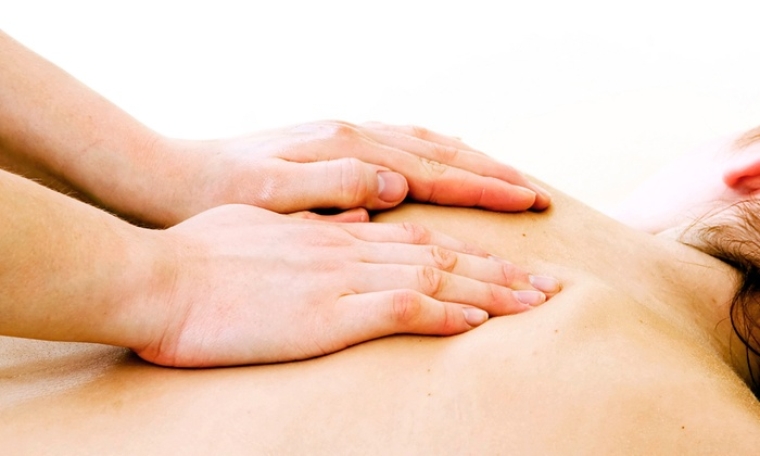 Dr. Dennis Beasley D.C. - Beverly Hills: $39 for a 50-Minute Massage at Dr. Dennis Beasley D.C. ($85 Value)