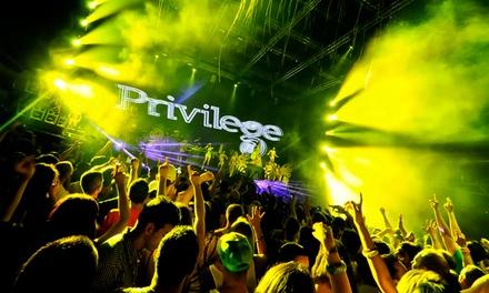 Viajes Tunidor — Ibiza: entrada individual para a discoteca Privilege com transporte por 21€