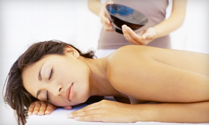 Utopia Therapeutic Massage and Utopia Natural Essentials - Northwest Virginia Beach: $29 for One 60-Minute Therapeutic Massage with Aromatherapy at Utopia Therapeutic Massage ($80 Value)