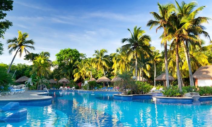 Blue Splash Pool Service - Sunshine: One Month of Pool Cleaning from Blue Splash Pool Service (62% Off)