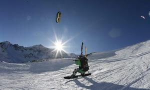 Kite Xtreme: Initiation au snowkite pour 1, 2 ou 4 personnes avec vidéo souvenir chez Kite Xtreme (jusqu'à 76 % de rabais)