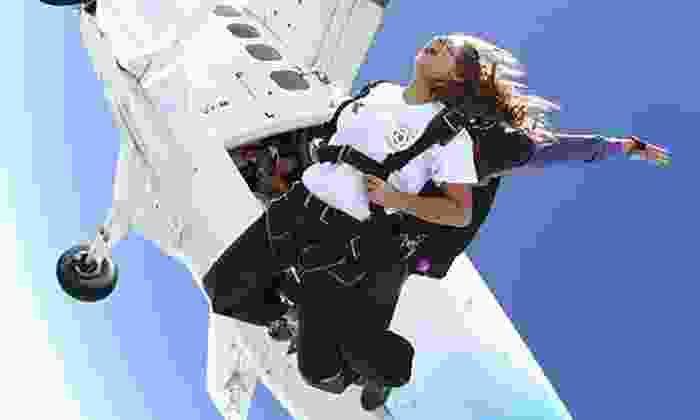 Skydiving Atlanta - Atlanta Tandem Skydiving: One Tandem Skydiving Jump at Atlanta Tandem Skydiving (50% Off)