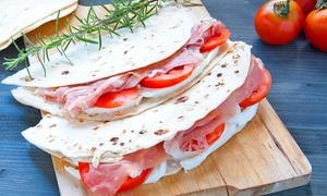 La Piadina: Menu con antipasto di fritti, piadina artigianale o panino e birra per 2 o 4 persone da La Piadina (sconto fino a 71%)