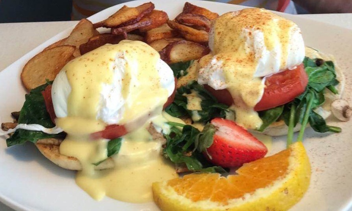 Rae Rae's Cafe - St. Petersburg: $7.50 for $15 Worth of Homestyle Breakfast or Lunch at Rae Rae's Cafe