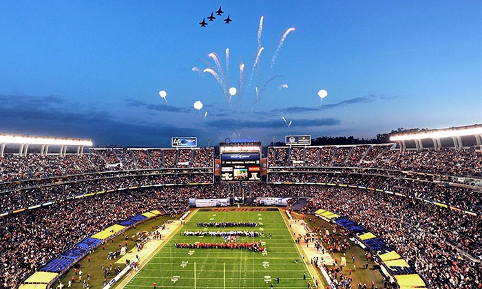 Poinsettia Bowl - Qualcomm Stadium: $30 to See the San Diego County Credit Union Poinsettia Bowl at Qualcomm Stadium on December 23 ($69.55 Value)