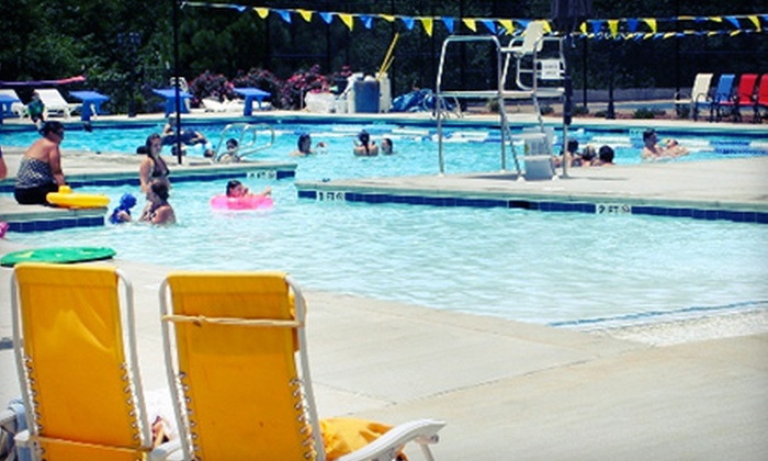 Georgia Aquatic Center - Watkinsville: Four Mommy & Me or Eight Baby Bump Splash Swim Classes at Georgia Aquatic Center (Up to 53% Off)