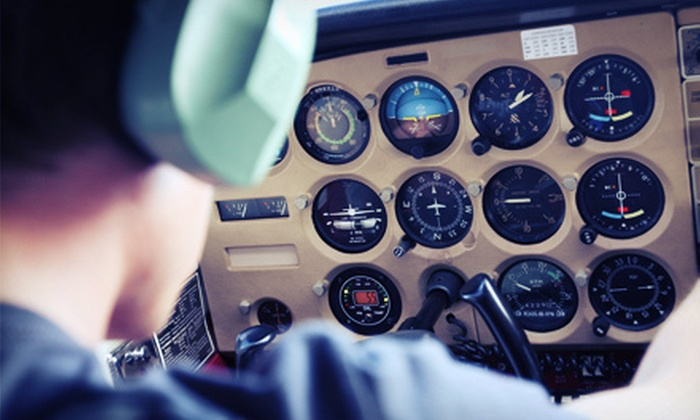 Avel Flight School - Schaumburg: Introductory Flight Lessons or License Course at Avel Flight School (Up to 59% Off). Four Options Available.