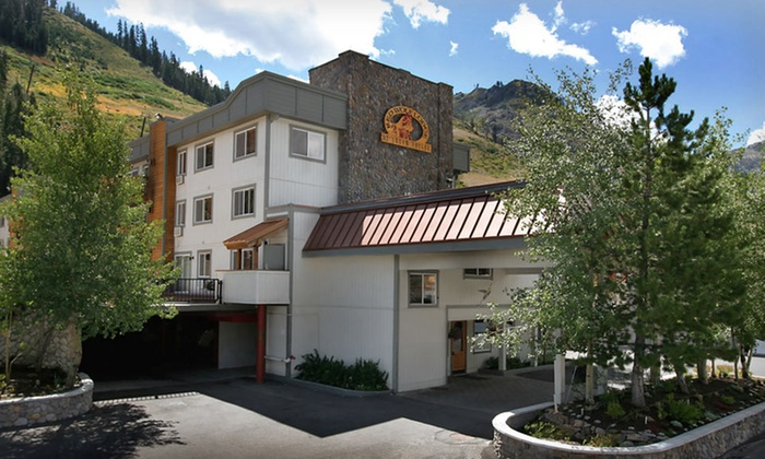 Red Wolf Lodge at Squaw Valley   Groupon