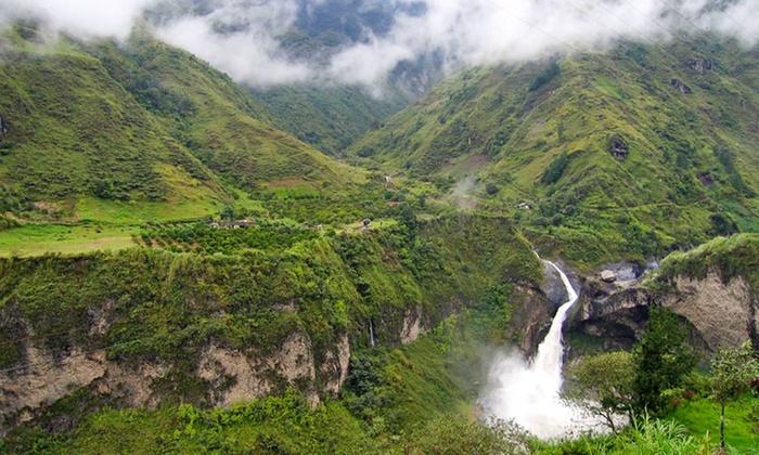 Tour of Ecuador with Airfare from Friendly Planet Travel - Ecuador: 8-Day Multi-City Ecuador and Amazon Tour with Round-trip Airfare from Friendly Planet Travel