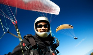 Hot Sport Seepark & Gleitsch: Paragliding-Schnupperkurs für 1 oder 2 Personen von Hot Sport Seepark & Gleitschirmschule (bis zu 55% sparen*)