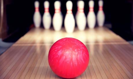 Bowling mit 2 Spielen inkl. Schuhen und All-you-can-eat-Pasta für zwei, vier oder sechs Personen (bis zu 58% sparen*)