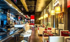DUCATI CAFFE': Menu pizza o hamburger con vino o birra per 2 o 4 persone al Ducati Caffè (sconto fino a 74%)
