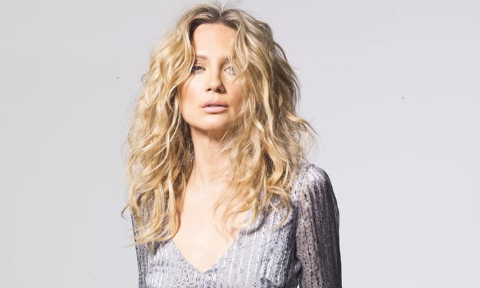 Jennifer Nettles - Palace Theatre: Jennifer Nettles with Brandy Clark, Lindsay Ell, and Tara Thompson on Friday, April 22, at 8 p.m.