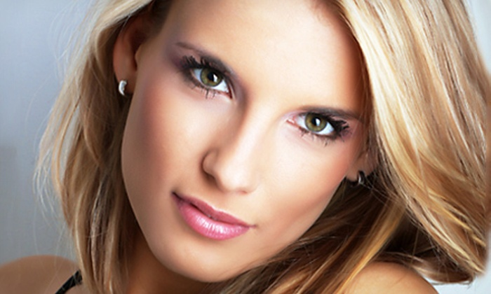 Vanity Cosmetics - Sherman Oaks: $35 for an Airbrush Makeup Application or Two Airbrush Tans at Vanity Cosmetics in Sherman Oaks (Up to $90 Value)