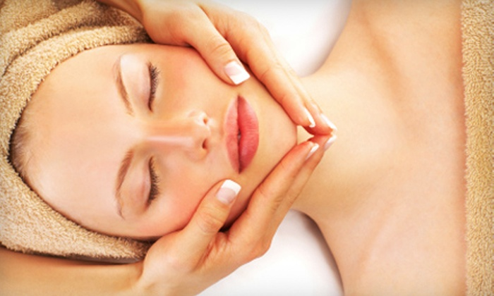 The Encinitas Spa - Encinitas: Facial or Sugaring Hair-Removal Treatment at The Encinitas Spa