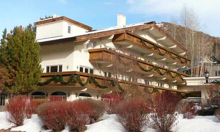 Knob Hill Inn - Ketchum: Two-Night Stay for Two in a King Room at Knob Hill Inn in Idaho