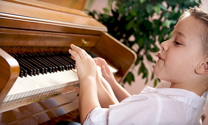 Every Family Needs Music - Brooklyn Action Corps: $30 for Four 45-Minute Beginner Group Piano Classes at Every Family Needs Music ($100 Value)
