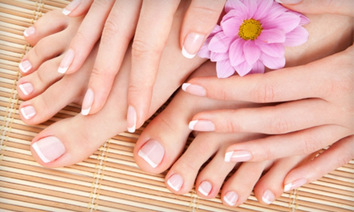 Street Side Salon - Saint Louis: $49 for Mini Spa Package at Street Side Salon ($104 Value)
