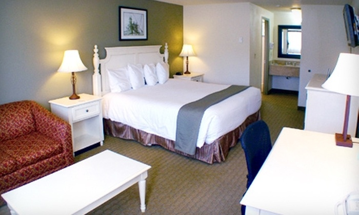 Best Western Inn at Face Rock - Bandon: Two-Night Stay at the Best Western Inn at Face Rock in Bandon. Two Options Available.