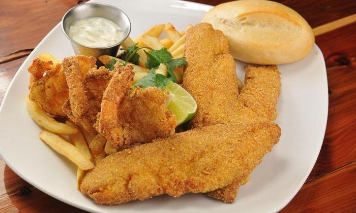 Vida Mariscos - Spring Cypress Plaza: Seafood at Vida Mariscos (Up to 40% Off). Four Options Available.