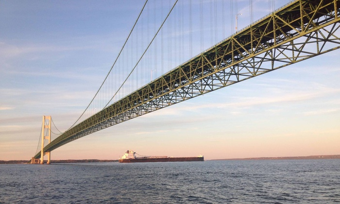 Straits Area Tour Company - Mackinaw City: Mackinaw City Boat Tour for Two or Four Daily 5pm Tours(Up to 53%Off)