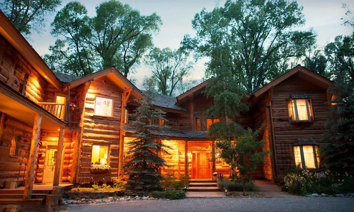 The Bentwood Inn - Jackson Hole, WY: One- or Two-Night Stay at The Bentwood Inn in Jackson Hole, WY