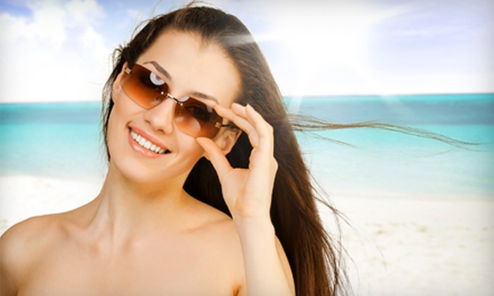 Planet Beach Contempo Spa - East Dallas: $39 for Two Infrared Treatments, Two Hydro Massages & One Teeth-Whitening Session at Planet Beach Contempo Spa ($265 Value)