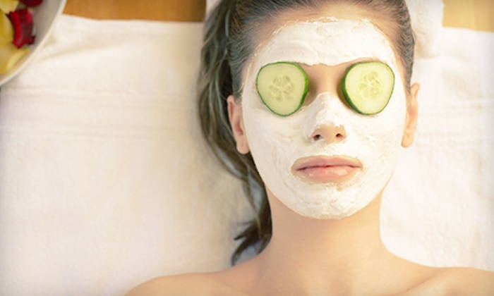Posh Pampering - Shadyside: $69 for an In-Home Spa Package with Facial, Microdermabrasion, Mani-Pedi, and Treat from Posh Pampering ($160 Value)