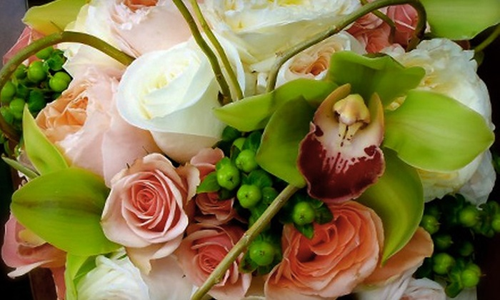Flower Me Events - Westchester County: $49 for Flower-Arranging Class from Flower Me Events in Dobbs Ferry ($115 Value)