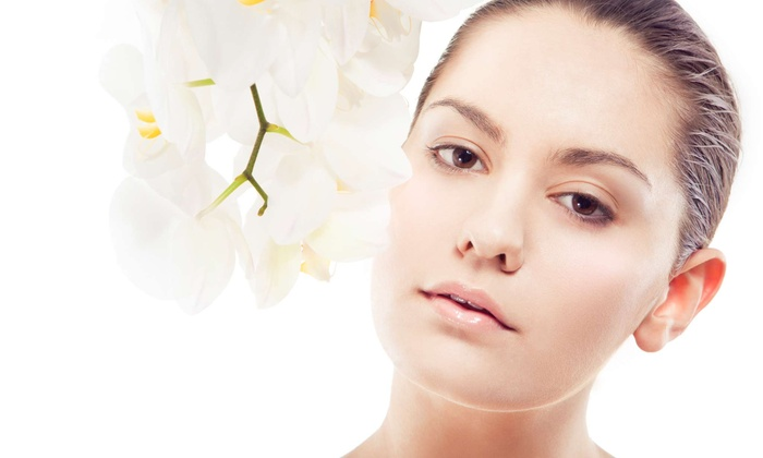 HealthMedica Canada - Kitchener: One or Three Nonsurgical Face-Lifts with One Facial at HealthMedica Canada (Up to 78% Off)