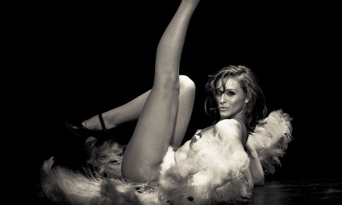 Scandalesque - Camelback East: Four or Eight Burlesque Classes at Scandalesque