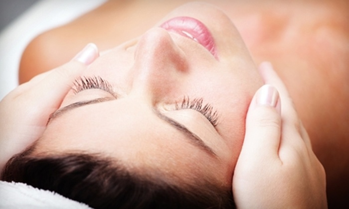 Pacific Dermatology & Cosmetic Laser Center - San Diego: $49 for a ZaZen Facial with a Cranberry Peel at Pacific Dermatology & Cosmetic Laser Center ($150 Value)