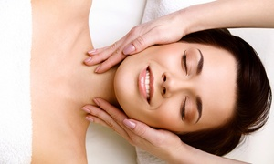 Glamour Beauty Salon: One or Three 60-Minute Facials at Glamour Beauty Salon (Up to 67% Off)