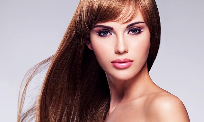 Créatif salon de coiffure mixte et institut de beauté - Gennevilliers: Shampoing, coupe et brushing avec soin ou avec technique au choix dès 22 € chez Créatif salon de beauté et coiffure