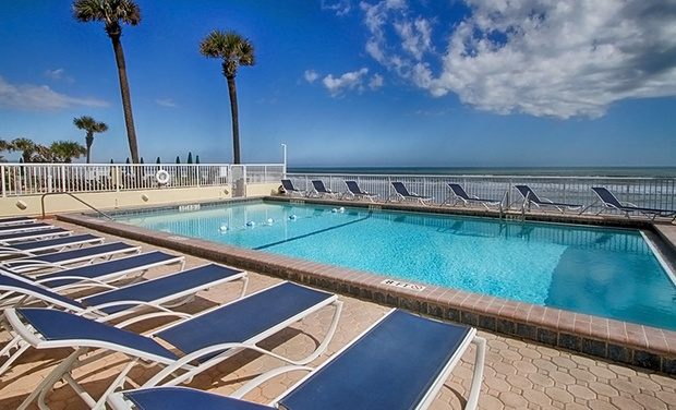 Atlantic Ocean Palm Inn - Daytona Beach, FL: Stay at Atlantic Ocean Palm Inn in Daytona Beach, with Dates into December