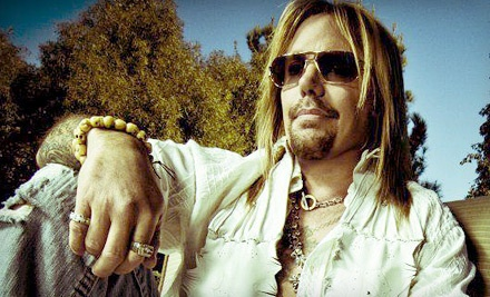 Vince Neil with Downtread at the Cubby Bear on Fri., Apr. 27 at 9PM: General Admission - Vince Neil with Downtread in Chicago